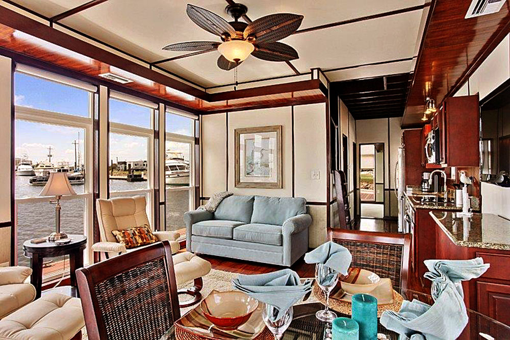 8 Staycation Worthy Tiny Homes For Sale: Rent A Floating Villa In New Orleans